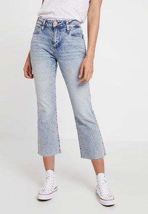 CROP FLARE - Bootcut jeans - light-blue denim