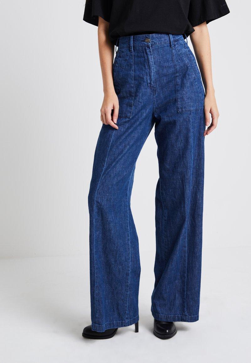 G-Star - ARMY WIDE LEG - Flared jeans - medium aged
