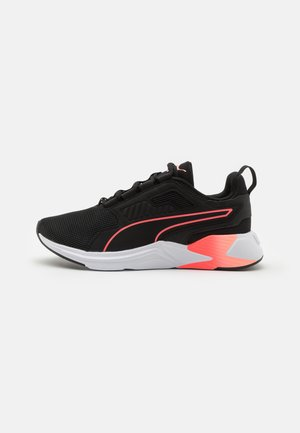 DISPERSE XT - Zapatillas de entrenamiento - black/ignite pink