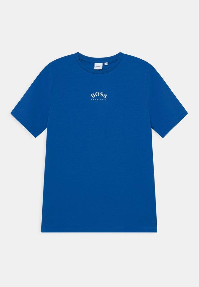 SHORT SLEEVES - Jednoduché triko - pale blue