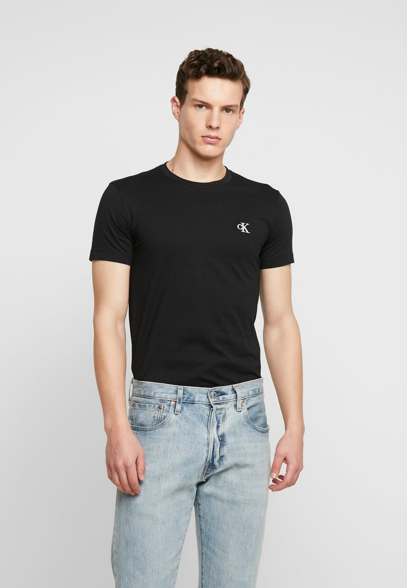 Calvin Klein Jeans - ESSENTIAL SLIM TEE - T-shirt basic - black