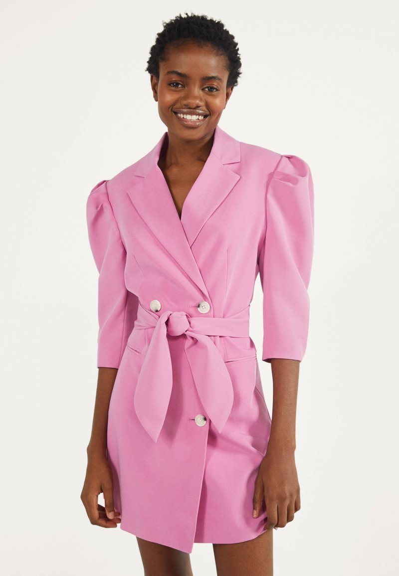 Bershka - MIT BALLONÄRMELN - Shirt dress - pink