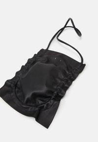 PB 0110 - Across body bag - black - 3