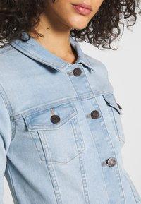 Noisy May - NMDEBRA JACKET - Denim jacket - light blue denim - 4