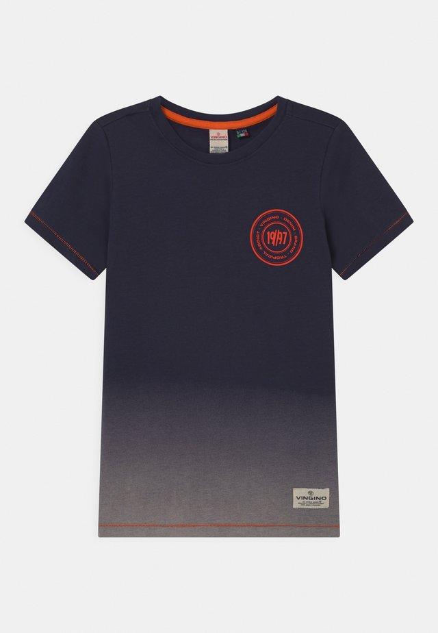 HELON - T-shirt print - dark blue