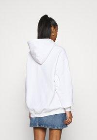 NEW girl ORDER - LOGO HOODY - Sweatshirt - white - 2