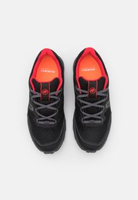 Mammut - GIRUN HIKE LOW GTX WOMEN - Hiking shoes - black/sunset - 3