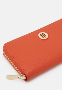 Tommy Jeans - HONEY WALLET - Wallet - orange - 3