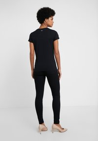 HUGO - THE PLAIN TEE - Basic T-shirt - black - 2