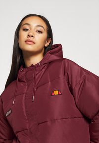 Ellesse - PEJO - Winter jacket - burgundy - 4