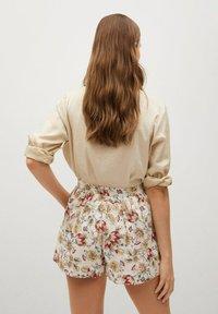 Mango - PARADISE - Shorts - off white - 2