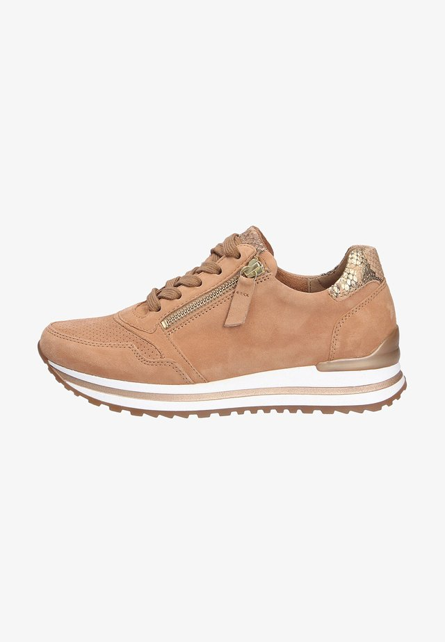 Sneakers laag - caramelcamel