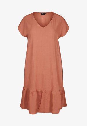 VMACY DRESS - Jersey dress - copper brown