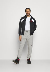 Jordan - Training jacket - black/white/chile red - 1