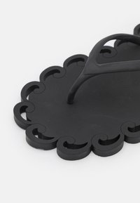 Carlotha Ray - T-bar sandals - noir - 6