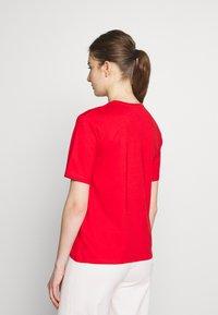 Filippa K - CREW NECK TEE - Jednoduché triko - red orange - 2
