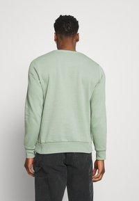 Brave Soul - Collegepaita - mint green/light grey marl - 2