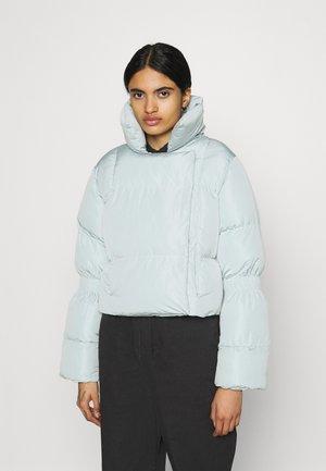 JASMIN AZIZAM PUFFER JACKET - Zimní bunda - cloud