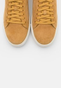 s.Oliver - Trainers - mustard - 5