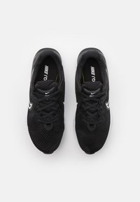 Nike Performance - RENEW RUN 2 - Nøytrale løpesko - black/white/dark smoke grey - 3