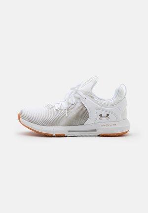 HOVR RISE 2 - Sportovní boty - white