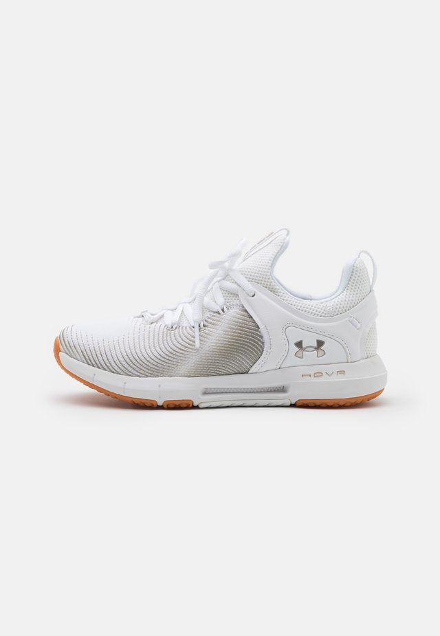 HOVR RISE 2 - Chaussures d'entraînement et de fitness - white