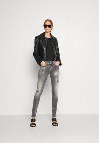 Replay - NEW LUZ - Jeans Skinny Fit - medium grey - 1