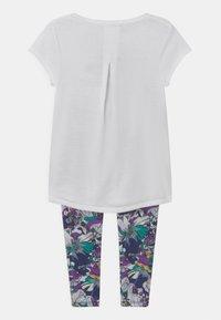 Nike Sportswear - STUDIO FLORAL SET - Print T-shirt - white/multi-coloured - 1