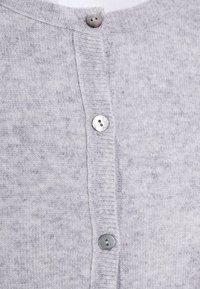 FTC Cashmere - CARDIGAN - Cardigan - grey - 4