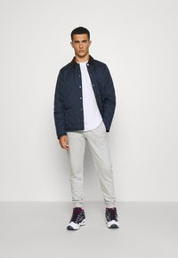 Barbour Beacon - STARLING QUILT - Giacca da mezza stagione - navy - 3