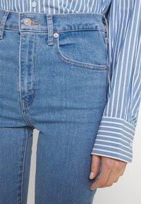 Levi's® - MILE HIGH SUPER SKINNY - Jeans Skinny Fit - naples stone - 3
