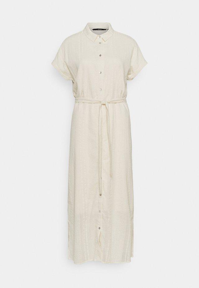 VMNAJA CALF DRESS - Košilové šaty - birch