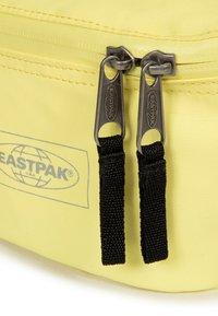 Eastpak - TOPPED - Bum bag - yellow - 4