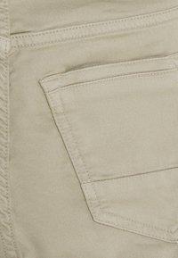 Vingino - CALANDO - Cargo trousers - sand - 3