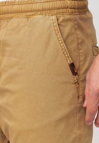 INDICODE JEANS - FIELDS - Trousers - amber - 5