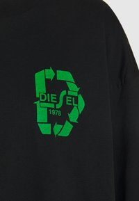 Diesel - T-MIST-E71 T-SHIRT - Long sleeved top - black - 3