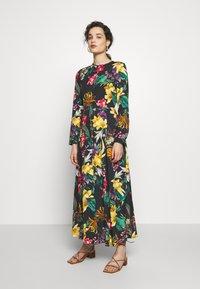 Progetto Quid - DRESS - Maxi dress - black - 0