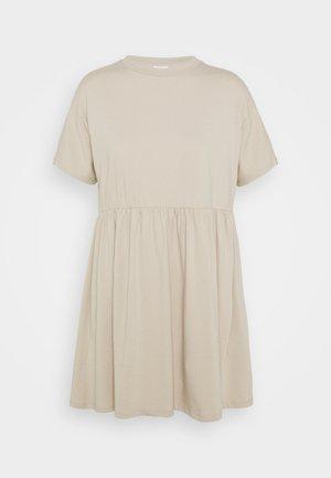 NMKERRY SHORT DRESS - Žerzejové šaty - beige