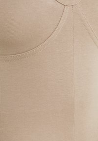 Nly by Nelly - SPORTY LOOK PLAYSUIT - Jumpsuit - beige - 2