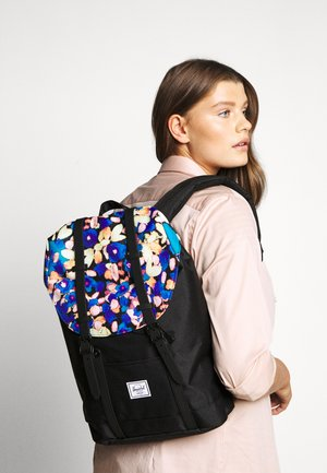 RETREAT MID VOLUME - Rucksack - black