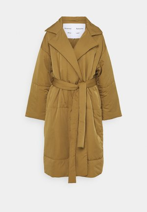 MATTE PUFFER LONG COAT - Winter coat - cider