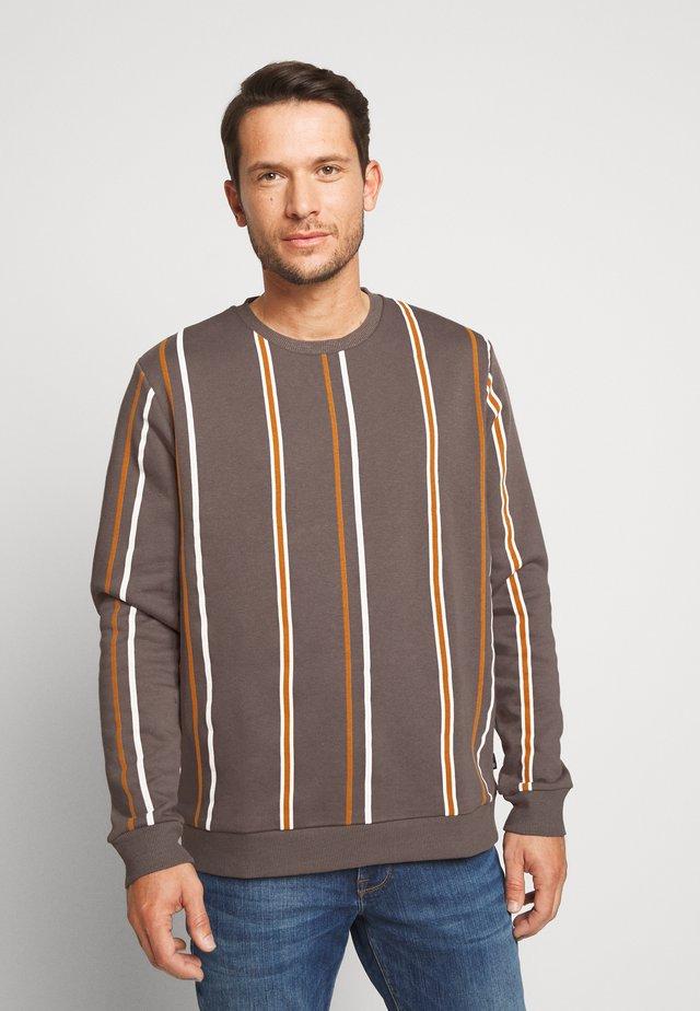 STRIPE - Sweater - purple