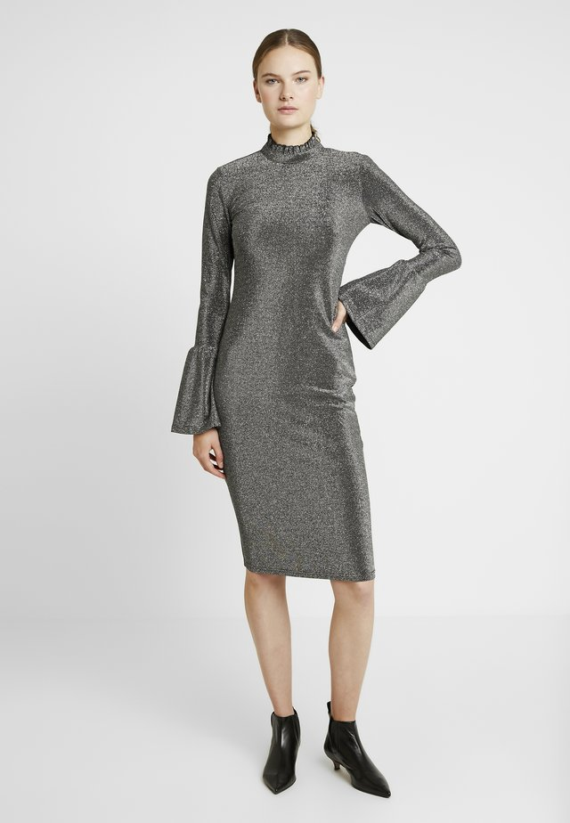 YASJENNIFER DRESS SHOW - Shift dress - black