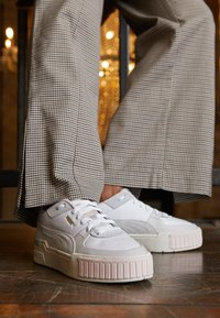 Puma - CALI SPORT MIX - Baskets basses - white/marshmallow - 4