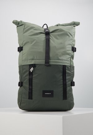 BERNT - Rucksack - dusty green/night green