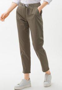 BRAX - Pantalon classique - beige - 0
