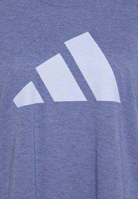 adidas Performance - WIN TEE - T-shirts med print - orbit violet melange - 2
