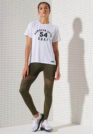 T-shirt print - optic