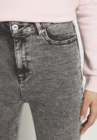 ONLY - ONLMILA ACID - Jeans Skinny Fit - grey denim - 5