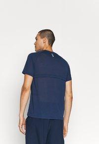 Under Armour - STREAKER - T-shirt - bas - dark blue - 3